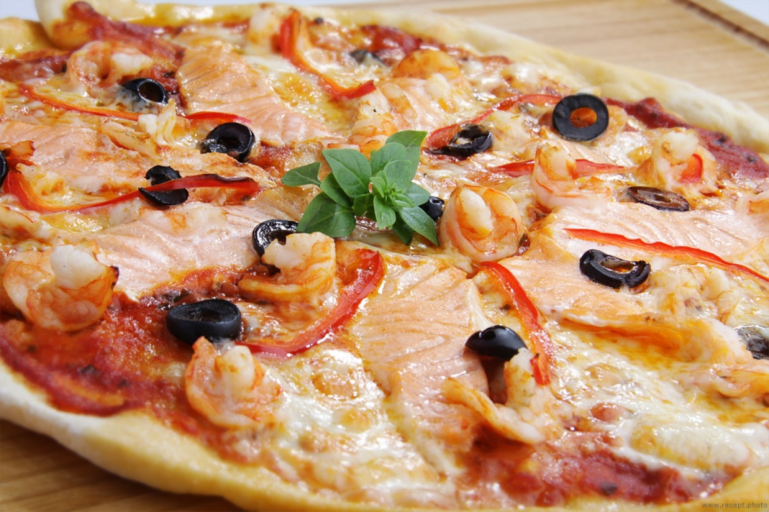 TOP 3 recipes pizza with fish and seafood - foto 1701