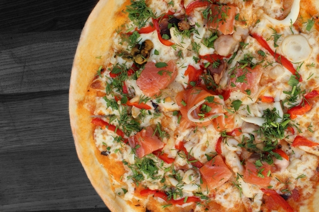 How to cook pizza with seafood cocktail - foto 1702