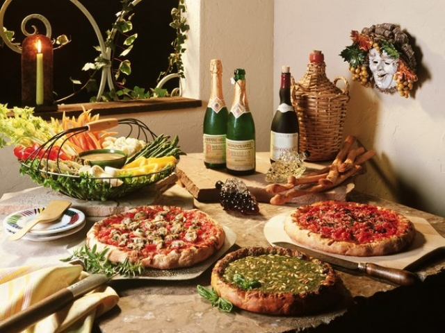 Pizza in world cooking - foto 439